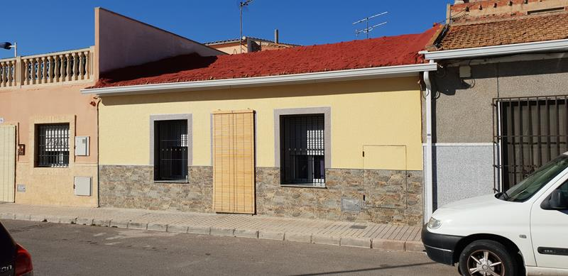 Immaculate 3 Bedroom Townhouse Situated On The Outskirts Of Novelda, Potential For Additional Guest Apartment
