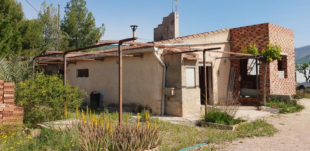 Country House For Renovation With Land Of 22.000m², Potential For 2 Villas. Walking Distance to La Romana