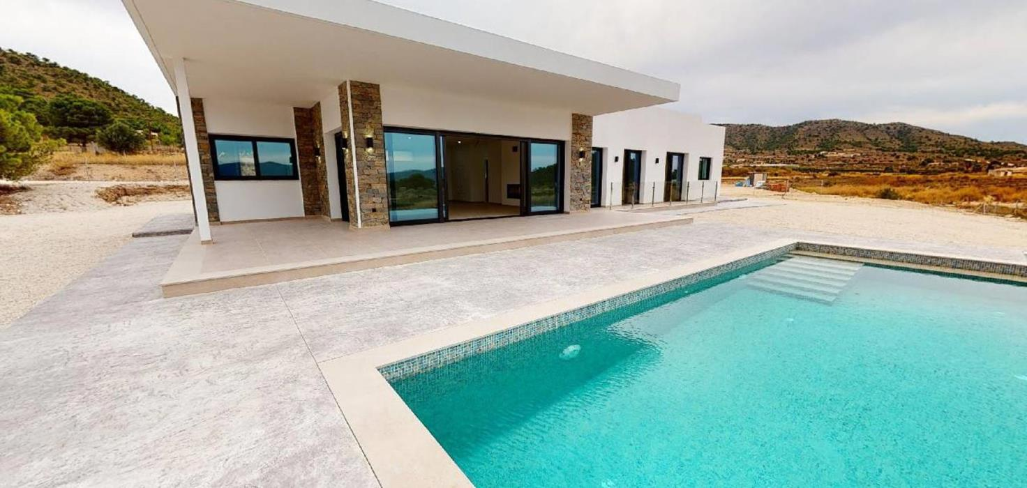 Luxury Modern Villas With Swimming Pool