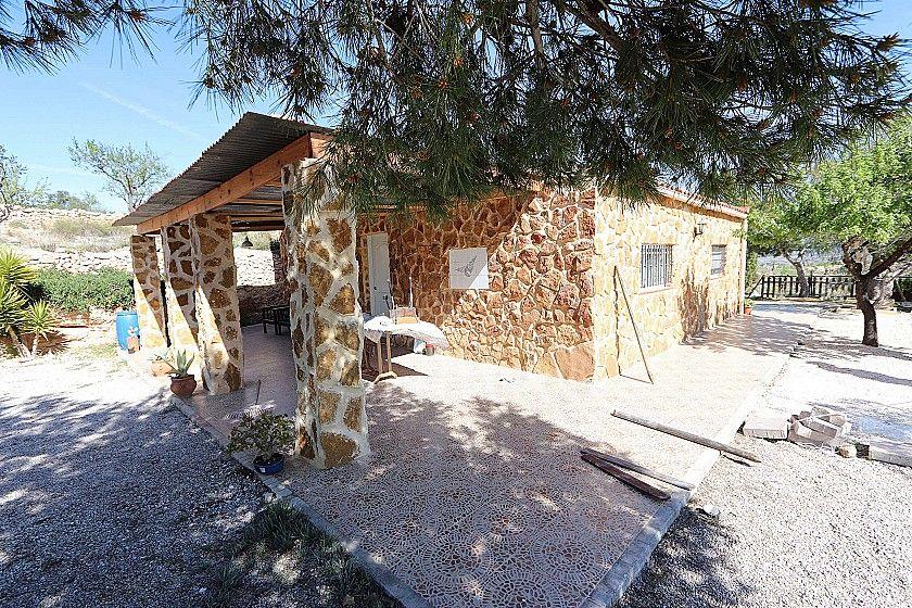 Mountain Retreat. Villa In A Lovely Countryside Location- Hondon De Los Frailes