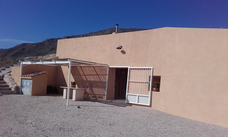 Lovely 2 Bedroom Cave House With Fantastic Mountain Views