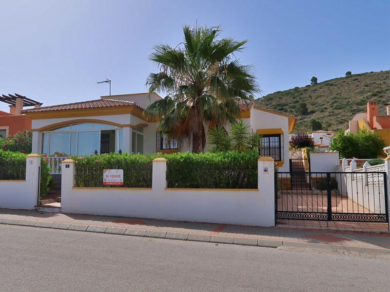 Immaculately Presented 2 Bedroom/2 Bathroom Villa In The Hondon Valley
