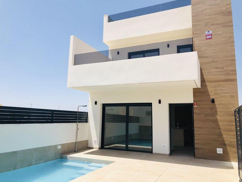 Detached Villa with 3 Bedrooms in Benijofar, Alicante