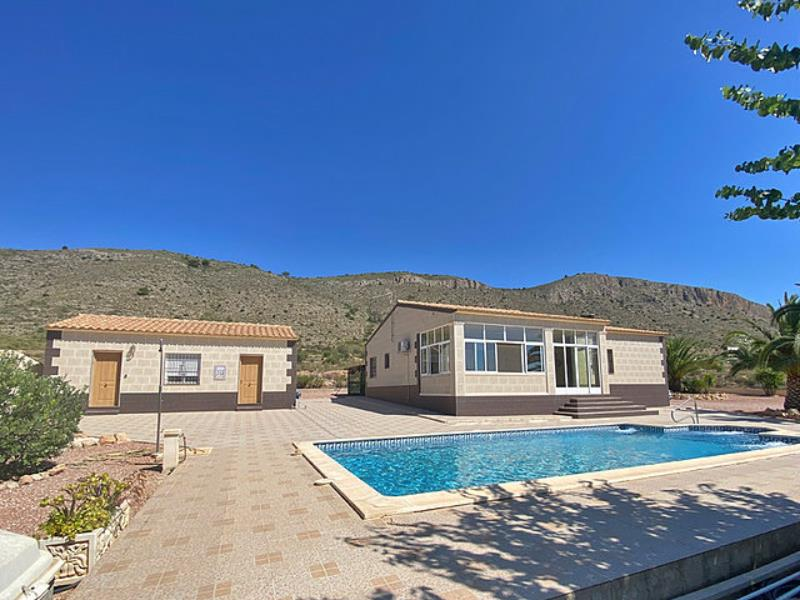 Villa With Guest Apartment and Pool in Hondon de las Nieves